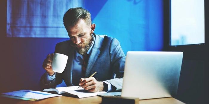 برای معامله کردن تنها باشیم یا تیم تشکیل بدیم؟